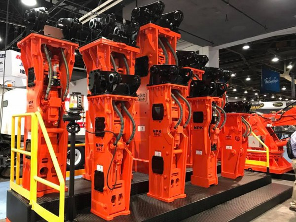 ConExpo 2017 – NPK hydraulic hammers for heavy duty applications, also Hammer/Carrier Mounted Lubes